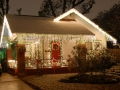 perfect-christmas-lights-on-houses-on-exterior-design-with-image
