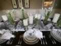 Sleek-silver-tableware