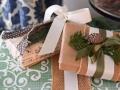 original_Marian-Parsons-handmade-holiday-gift-wrap_s4x3.jpg.rend.hgtvcom.1280.960