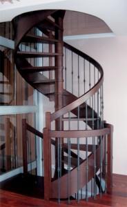 Винтовые межэтажные лестницы