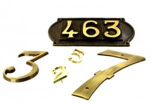 427309