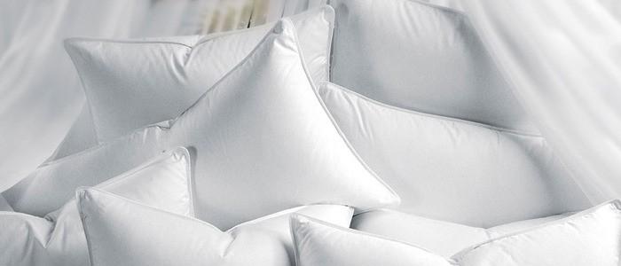 Как ухаживать за пуховыми подушками