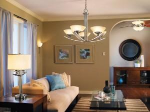 освещение комнаты несколькими источниками