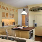 Astounding-Above-Kitchen-Cabinet-Decorating-Ideas-for-Kitchen-Beach-design-ideas-with-Astounding-butlers-pantry-cabinet
