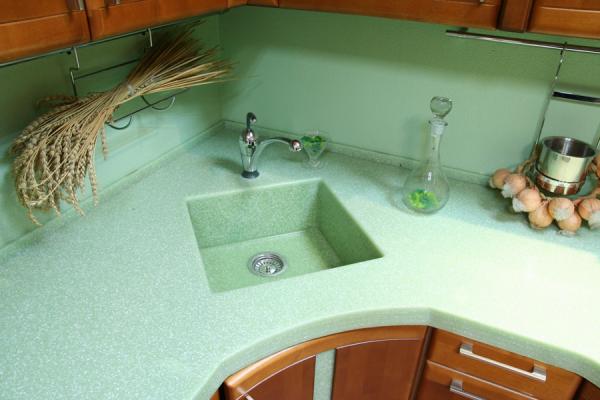 Раковина для кухни из искусственного камня в цвет столешницы
