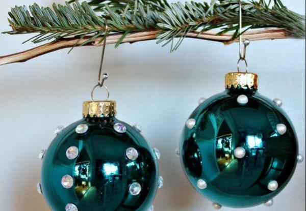 1387305954_christmas-ball-ornament-21