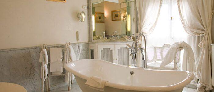 Чтобы ванна была изюминкой интерьера