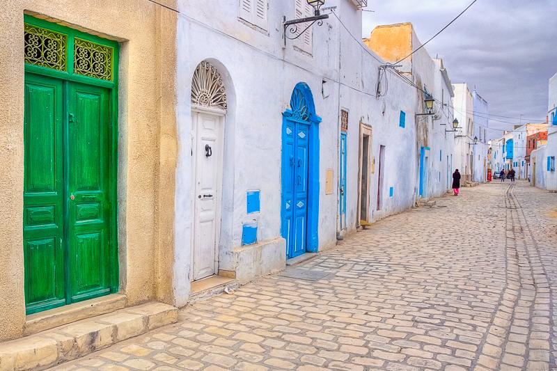 Входная дверь в домах Туниса