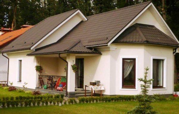 Декоративная штукатурка на фасаде дома