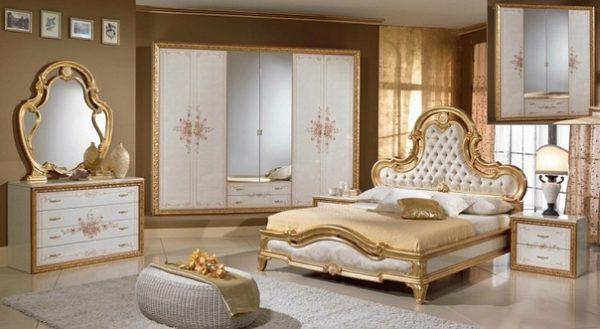 Спальный гарнитур из Италии2