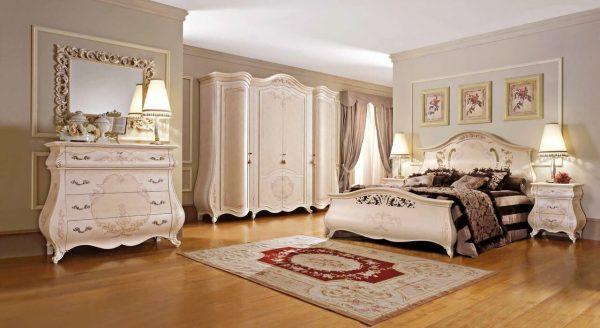 Спальный гарнитур из Италии3