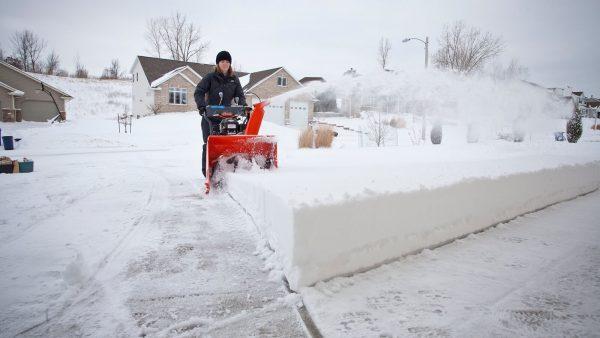 Снегоуборочная машина1