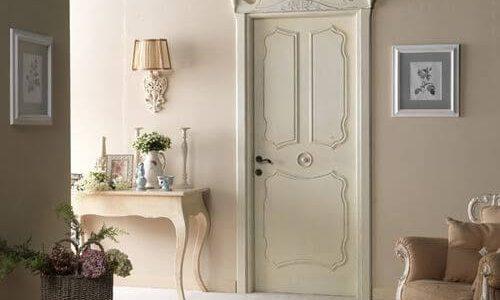 межкомнатные двери в классическом интерьере