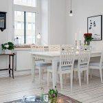 Обеденный стол в кухонном интерьере2
